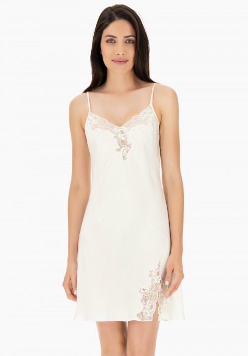Jagged lace Silk Chemise