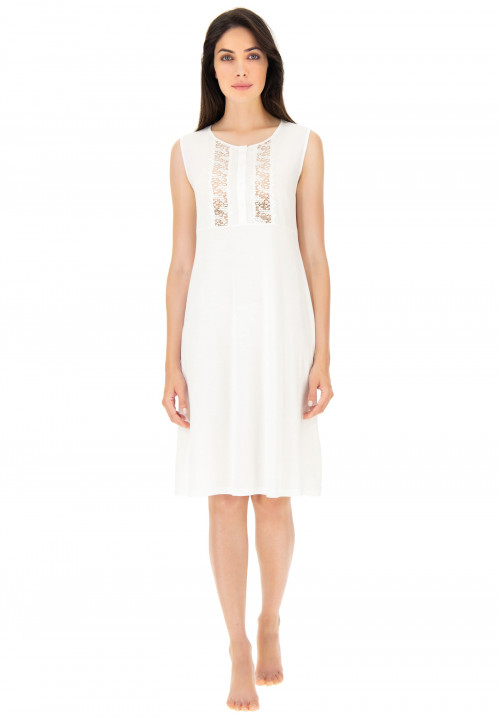 Modal nightdress with embroidery